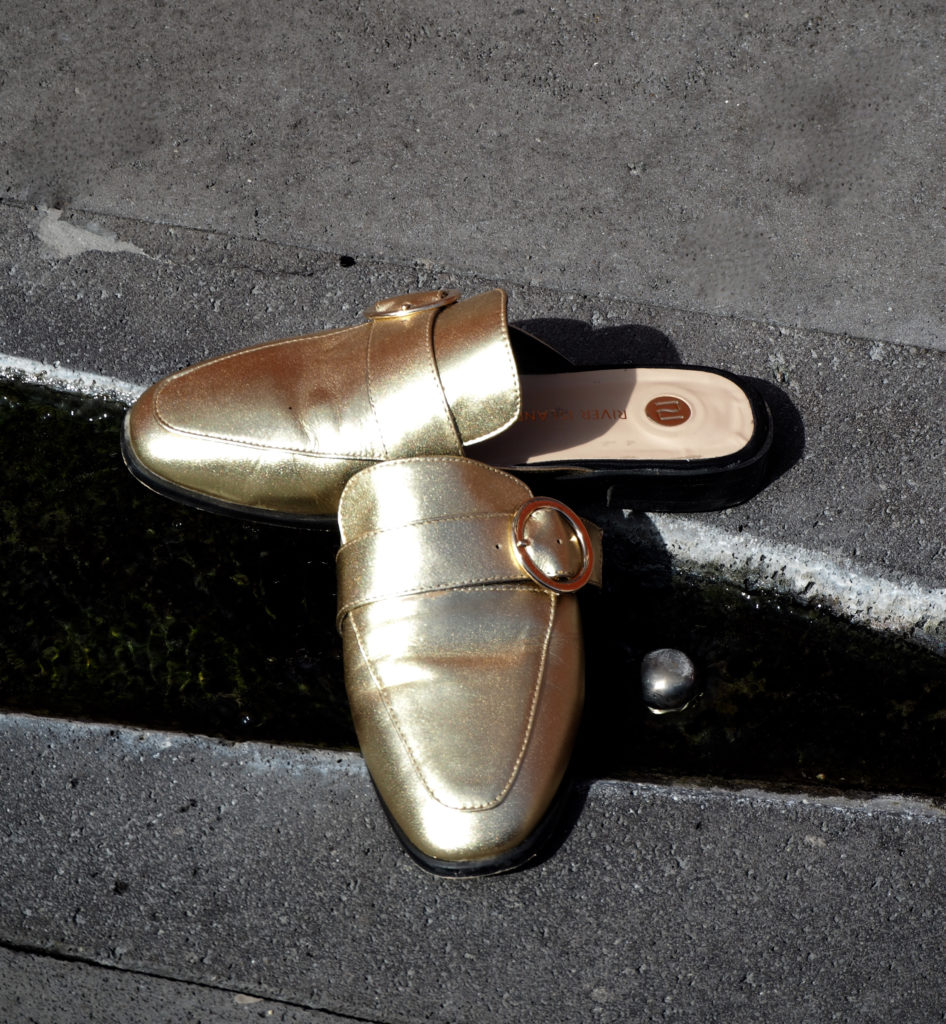 golden shoes claudinesroom