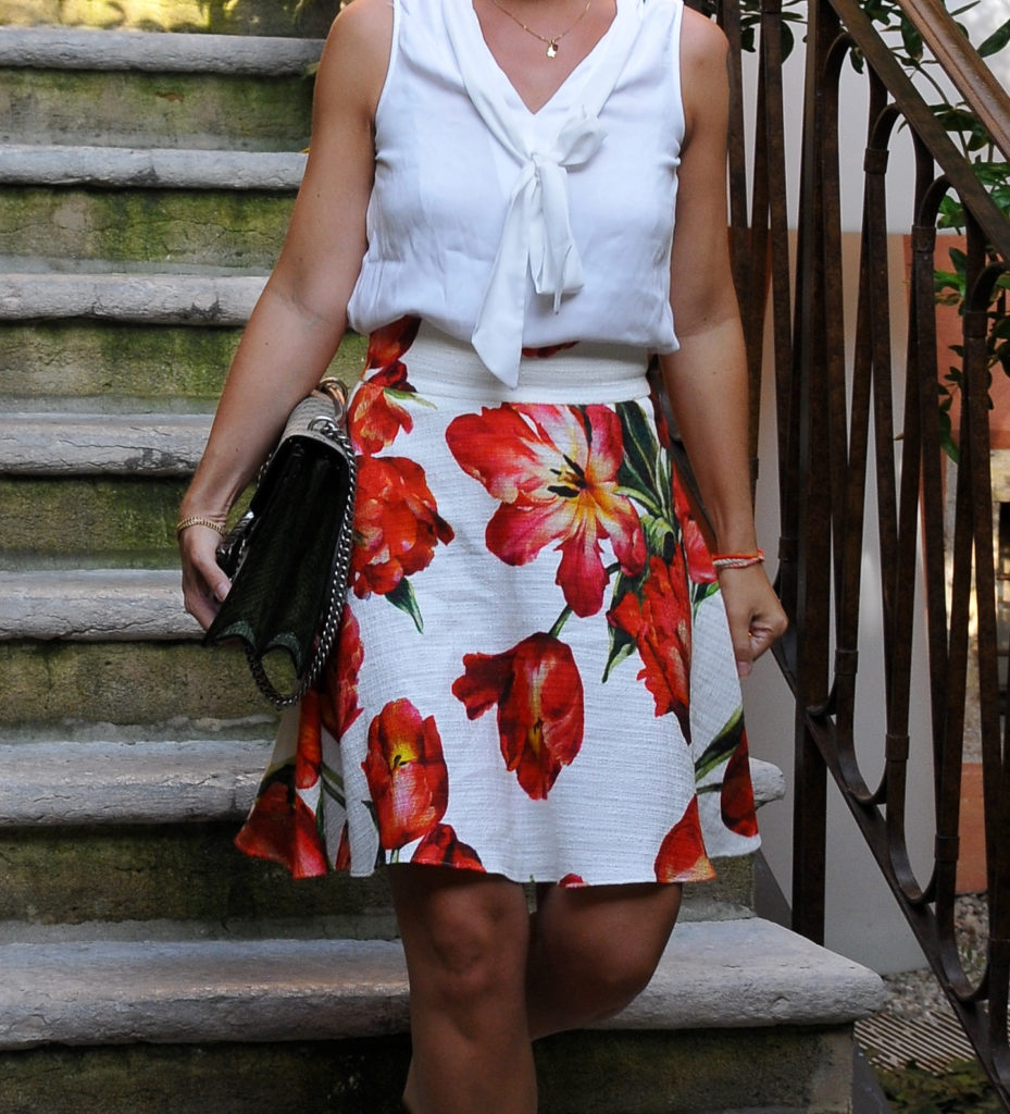 Summer essentials - Dolce e Gabbana skirt - claudinesroom