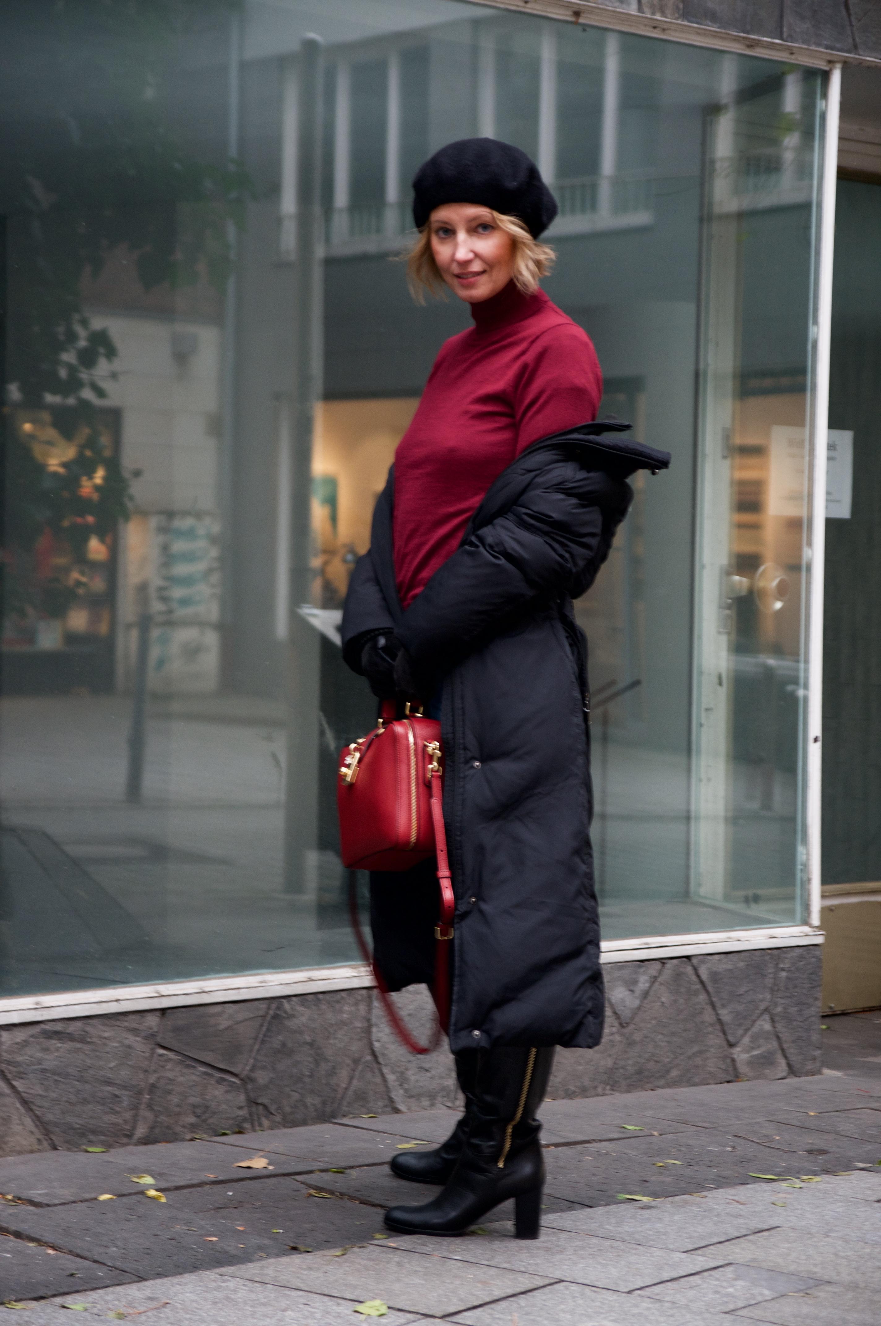 Puffer coat and Dolce & Gabbana box bag - claudinesroom