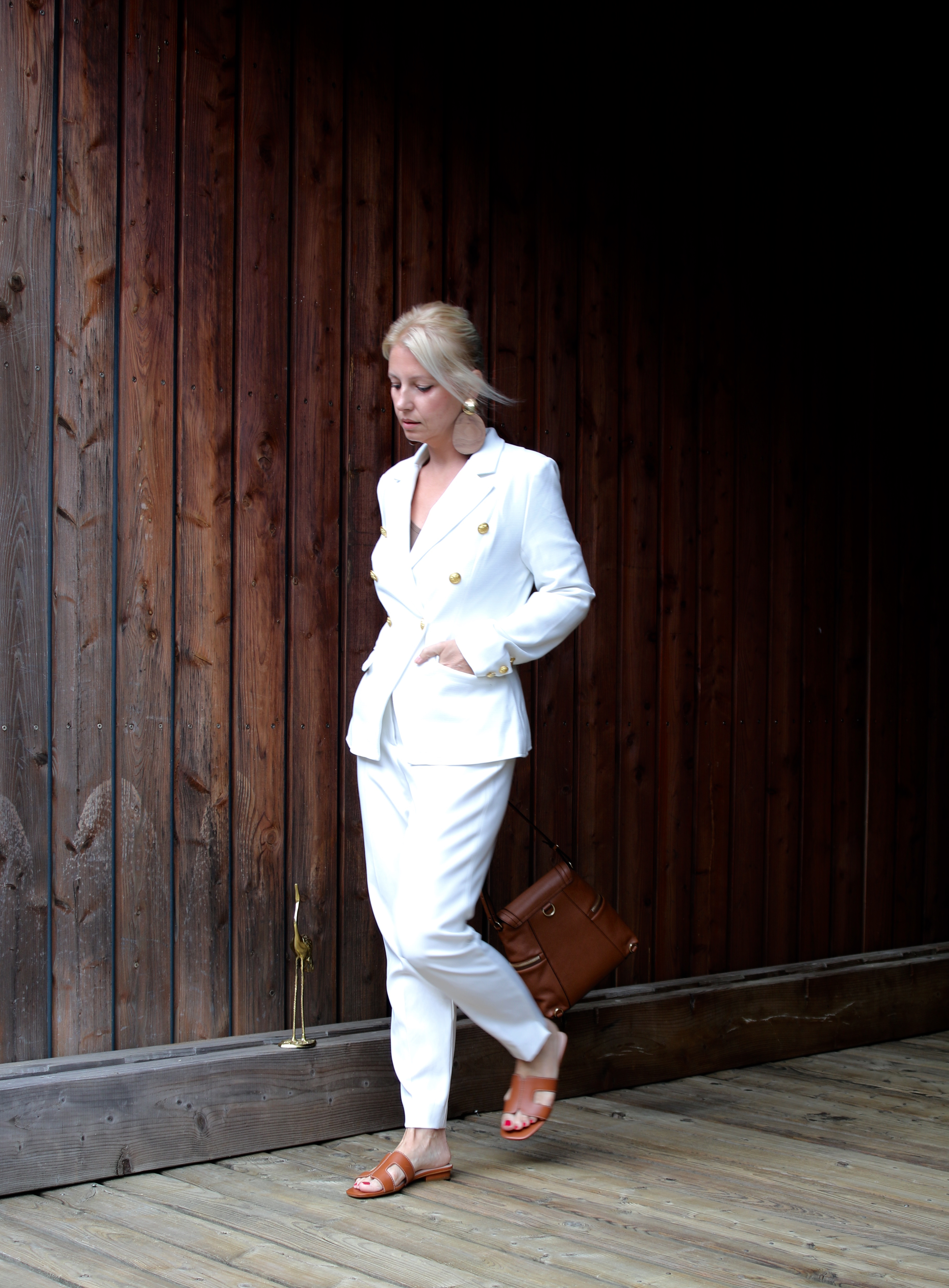 White suit and camel accessories - claudinesroom